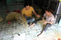 Interview bamboo handicraft producer