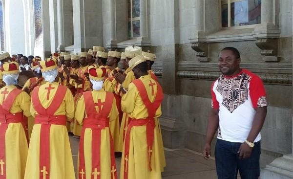 An Ethiopian religious wedding celebration (© Kimengsi)